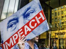 El Presidente Trump acusado de 'traicionar' a la nación rumbo a su impeachment